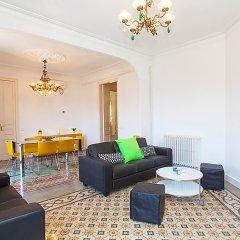 Отель Eix.Dret:Roger de LLúria/València комната для гостей фото 5