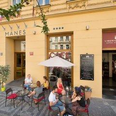Отель Ea Manes Прага парковка