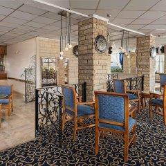 Sheraton Montazah Hotel гостиничный бар