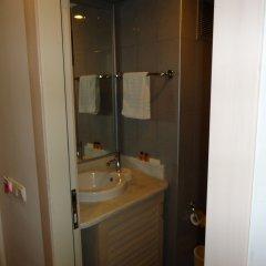 Отель Larissa Mare Beach ванная фото 2