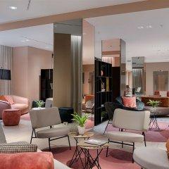 Отель NH Bologna De La Gare Италия, Болонья - 2 отзыва об отеле, цены и фото номеров - забронировать отель NH Bologna De La Gare онлайн интерьер отеля фото 2