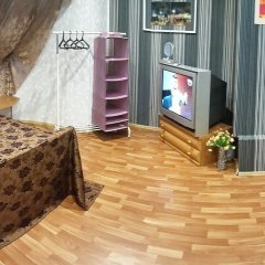 Yaromir Hostel бассейн