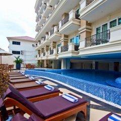 Отель Miracle Suite Таиланд, Паттайя - 1 отзыв об отеле, цены и фото номеров - забронировать отель Miracle Suite онлайн бассейн