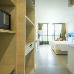 Отель Le Tada Parkview Бангкок сейф в номере