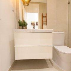 Отель Design Tailor Made Flat Лиссабон ванная