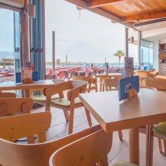 Отель Golden Donaire Beach гостиничный бар