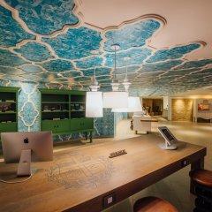 Отель Renaissance Aruba Resort & Casino интерьер отеля