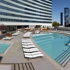 Отель Jet Luxury at the Vdara Condo Hotel США, Лас-Вегас - отзывы, цены и фото номеров - забронировать отель Jet Luxury at the Vdara Condo Hotel онлайн бассейн