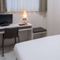 Отель SERHS Carlit Испания, Барселона - 4 отзыва об отеле, цены и фото номеров - забронировать отель SERHS Carlit онлайн удобства в номере фото 2