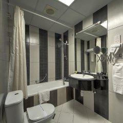 Отель Delmon Palace Дубай ванная