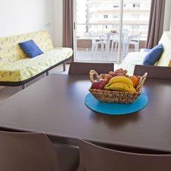 Отель RVhotels Apartamentos Lotus Испания, Бланес - отзывы, цены и фото номеров - забронировать отель RVhotels Apartamentos Lotus онлайн комната для гостей фото 2