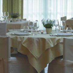 Hotel Centro Benessere Gardel Кьюзафорте помещение для мероприятий фото 2