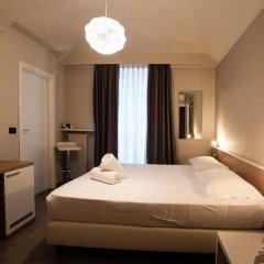 Adalesia Hotel&Coffee сейф в номере