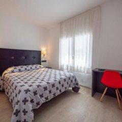 Отель Vela Испания, Курорт Росес - отзывы, цены и фото номеров - забронировать отель Vela онлайн комната для гостей фото 4