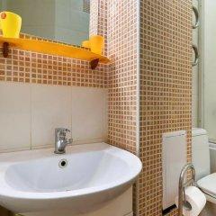 Home-Hotel Voloshskaya 51 Киев ванная