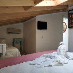 Отель Alacati Asmali Konak Otel Чешме удобства в номере