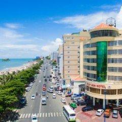 Отель Thuy Van Hotel Вьетнам, Вунгтау - отзывы, цены и фото номеров - забронировать отель Thuy Van Hotel онлайн пляж фото 2