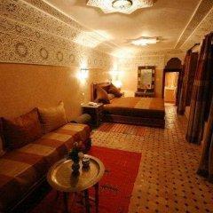 Отель Riad Dar Dmana Марокко, Фес - отзывы, цены и фото номеров - забронировать отель Riad Dar Dmana онлайн интерьер отеля фото 2