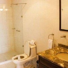 Отель Morales Historical & Colonial Downtown core Мексика, Гвадалахара - отзывы, цены и фото номеров - забронировать отель Morales Historical & Colonial Downtown core онлайн ванная