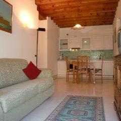 Отель Grimaldi Apartments - Guardi Италия, Венеция - отзывы, цены и фото номеров - забронировать отель Grimaldi Apartments - Guardi онлайн комната для гостей фото 3