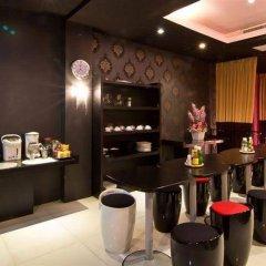 glitz bangkok hotel bangkok thailand zenhotels rh zenhotels com