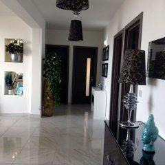 Апартаменты Luxury Seafront Apartment With Pool Каура интерьер отеля