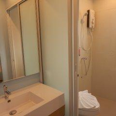 Отель Nantra Cozy Pattaya Таиланд, Паттайя - отзывы, цены и фото номеров - забронировать отель Nantra Cozy Pattaya онлайн ванная фото 2