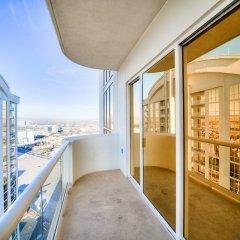 Отель Jet Luxury at the Vdara Condo Hotel США, Лас-Вегас - отзывы, цены и фото номеров - забронировать отель Jet Luxury at the Vdara Condo Hotel онлайн балкон