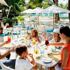 Отель Holiday Inn Resort Kandooma Maldives пляж