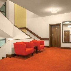 Hotel Capitol комната для гостей