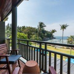 Отель Phuket Marriott Resort & Spa, Merlin Beach балкон