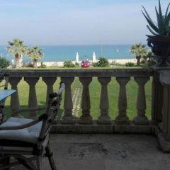 Отель Villa Longo De Bellis Бари балкон