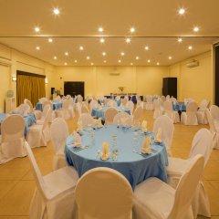 Отель Microtel Inn And Suites Davao Филиппины, Давао - отзывы, цены и фото номеров - забронировать отель Microtel Inn And Suites Davao онлайн помещение для мероприятий
