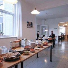 Отель City Sleep-In - Hostel Дания, Орхус - отзывы, цены и фото номеров - забронировать отель City Sleep-In - Hostel онлайн питание фото 3