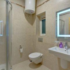 Отель Stunning Seafront Lux Apt, Fort Cambridge wt Pool Мальта, Слима - отзывы, цены и фото номеров - забронировать отель Stunning Seafront Lux Apt, Fort Cambridge wt Pool онлайн ванная фото 2