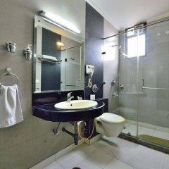 Отель OYO 9761 Hotel Clark Heights Индия, Нью-Дели - отзывы, цены и фото номеров - забронировать отель OYO 9761 Hotel Clark Heights онлайн ванная