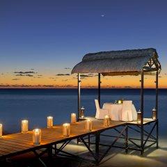 Отель The St. Regis Mauritius Resort пляж