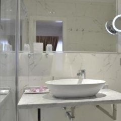 Отель Hostal Alexis Madrid Испания, Мадрид - отзывы, цены и фото номеров - забронировать отель Hostal Alexis Madrid онлайн ванная