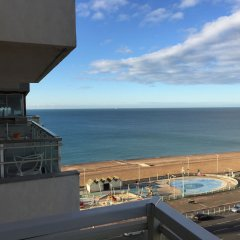 Отель Stay in the heart of.. Brighton балкон