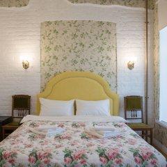 Гостиница Метрополис комната для гостей
