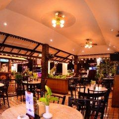 Отель Silom Village Inn питание фото 3