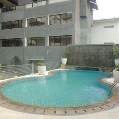 Отель ZEN Rooms Cilandak бассейн фото 2