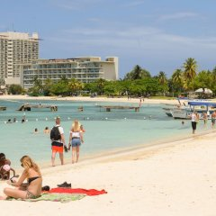 Отель SandCastles Deluxe Beach Resort пляж фото 2