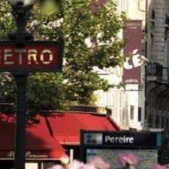 Отель Courcelles Etoile Париж спортивное сооружение