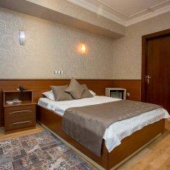 Hotel Pera Capitol сейф в номере