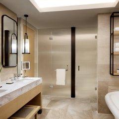 Отель The Ritz-Carlton Sanya, Yalong Bay Китай, Санья - отзывы, цены и фото номеров - забронировать отель The Ritz-Carlton Sanya, Yalong Bay онлайн ванная фото 2