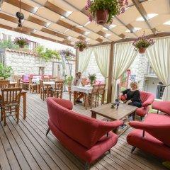 Отель Alacati Cona Butik Otel Чешме гостиничный бар