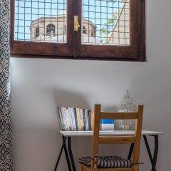 Отель Bed and Book Giusino Италия, Палермо - отзывы, цены и фото номеров - забронировать отель Bed and Book Giusino онлайн комната для гостей фото 2