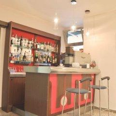 Hotel Dei Pini Фьюджи гостиничный бар