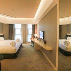 Skytel Hotel Chengdu сейф в номере